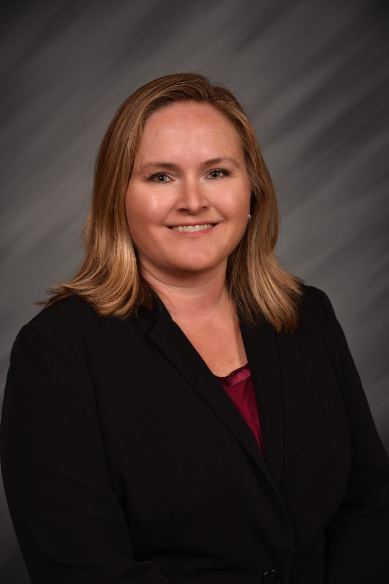 Shannon Hollis Professional Headshot